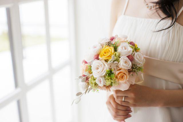 ブーケを手にした花嫁